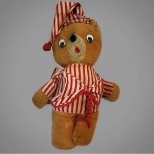 Vintage well loved and adorable teddy bear!